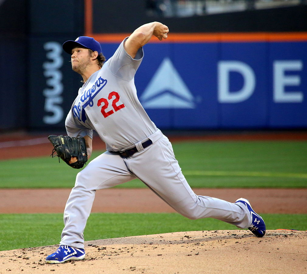 1009px-Clayton_Kershaw_on_July_23,_2015_(1)
